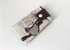Etui/housse téléphone portable noir et blanc : Etuis portables par lanascollectionwomen