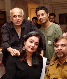 zeeshan ahmad with mahesh bhatt and pooja bhatt