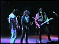 ▶ Boston - Live at Hamilton, Ontario 1988 - YouTube