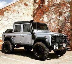 #landroverdefender #landrover #defender110 - www.pinterest.com/dapoirier/4x4-and-trucks/