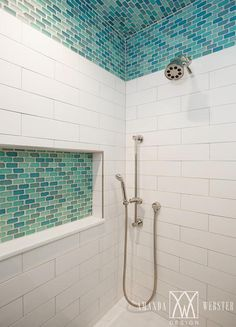 Horizontal Tiled Shower Niche - Design photos, ideas and inspiration. Amazing gallery of interior design and decorating ideas of Horizontal Tiled Shower Niche in bathrooms, kitchens by elite interior designers - Page 5 Tile Shower Niche, Best Bathroom Tiles, Mosaic Bathroom, Bathroom Tile Designs, Small Bathroom, Glass Shower, Shower Ceiling Tile, Shower Accent Tile, Bathroom Ideas