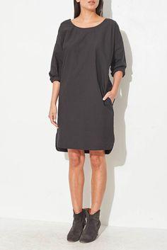cea9dd146 8 beste afbeeldingen van kleeeding - Woman fashion, 1940s style en ...