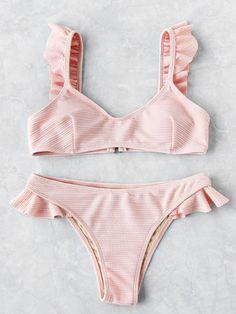 ✨ Pįn: Miya ✨ Ruffle Strap Textured Bikini Set -SheIn(Sheinside) Source by praia Bikini Modells, Bikini Tops, Pink Bikini, Sequin Bikini, Ruffled Bikini Top, Bikini Beach, Cute Swimsuits, Cute Bikinis, Vintage Swimsuits