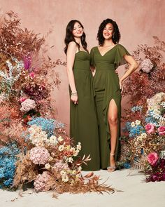 Beautiful olive green shades make for the perfect 2021 bridal party look! Try a spaghetti strap or flutter sleeve for an added touch! | #2021bridesmaiddresses #bridesmaiddresses #greenbridesmaiddresses #olivebridesmaiddresses | Style F20319 & F20320 in Martini Olive | Shop these styles and more at davidsbridal.com Olive Green Bridesmaid Dresses, Davids Bridal Bridesmaid Dresses, Wedding Dresses, Bride Look, Boho Bride, Green Wedding, Wedding Colors, Dress Meaning, Party Looks