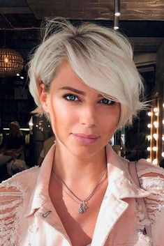 Today we have the most stylish 86 Cute Short Pixie Haircuts. We claim that you have never seen such elegant and eye-catching short hairstyles before. Pixie haircut, of course, offers a lot of options for the hair of the ladies'… Continue Reading → Stylish Short Haircuts, Popular Short Haircuts, Girls Short Haircuts, Short Hairstyles For Women, Layered Hairstyles, Black Hairstyles, Oval Face Hairstyles Short, Hairstyles Haircuts, Pixie Hairstyles For Thick Hair Undercut