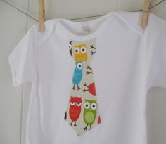 Tie Onesie  Bermuda Owls  Baby boy shirt  by MySunshineDesigns, $10.00 how easy would this be to make!