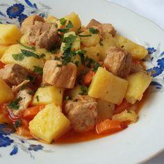 Tocanita de porc cu cartofi Romanian Recipes, Romanian Food, Healthy Food, Healthy Recipes, Carne, Real Food Recipes, Potato Salad, Food And Drink, Potatoes