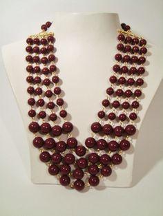 Colar bijuteria. Algumas peças estão na nossa loja virtual www.nandasa.com.br
