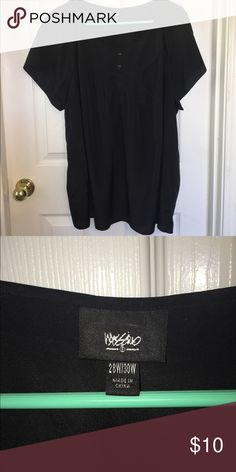SWEET Black Blouse This short sleeved blouse is adorable! Has two little buttons at the top. Very light weight blouse... 100% polyester ❤️ Mossimo Supply Co Tops Blouses