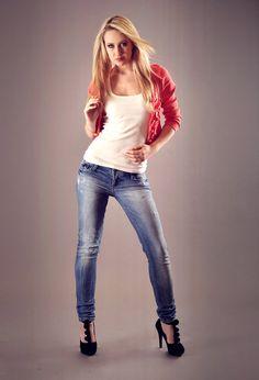 ;ppp  , berhka en Jeans, big star en Tacones / Plataformas, Reserved en Camisetas