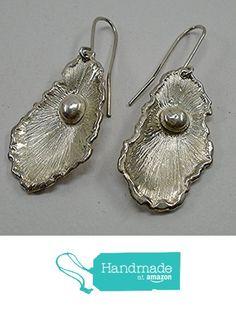 Orecchini a forma di ostrica con perla da TOSIANI ART https://www.amazon.it/dp/B01LWMXKNH/ref=hnd_sw_r_pi_dp_UefGybTTDF2JX #handmadeatamazon
