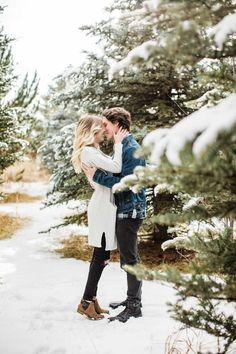 Lightroom Presets & Photography Tools To Grow Your Business at winterphotography Winter Couple Pictures, Winter Engagement Pictures, Engagement Photo Outfits, Engagement Photo Inspiration, Engagement Pics, Fall Engagement, Country Engagement, Christmas Engagement Photos, Couple Photoshoot Poses