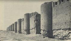 История и современность - Древности Ирака в начале 20 века. Стены Великой мечети Мутаваккиля. Длина сторон мечети 240 на 156 метров