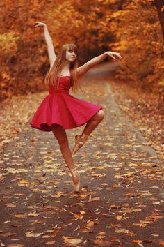 Grunge blog (New url) http://acid-ness.tumblr.com/ more ballet pics here http://ballerina-dreamer.tumblr.com/