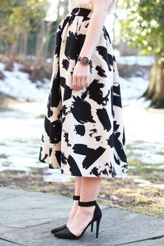 Poor Little It Girl in Anthropologie Blossom Top and H&M Printed Midi Skirt - via @poorlilitgirl