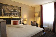 Single Room Economy Rooms, Bed, Inspiration, Furniture, Home Decor, Quartos, Homemade Home Decor, Biblical Inspiration, Stream Bed
