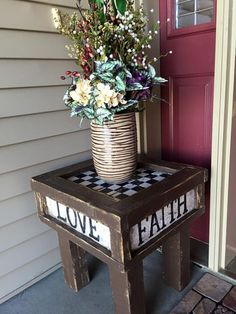 Bench with 2 separate armrest tables. (Decorative posts in back not included.)…