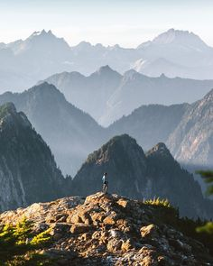 """Elliot Hawkey on Instagram: """"Theater in the mountains. No better place to watch the show than high up on a peak in the North Cascades"""" Outdoor Life, Outdoor Gear, North Cascades National Park, G Adventures, Life Is An Adventure, Camping Hacks, National Parks, Mountains, Places"""