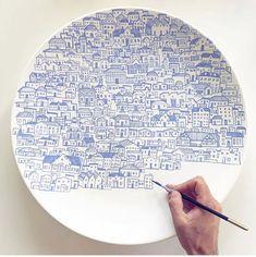 assiette-en-ceramique-belle-argile-ceramique-ceramique-art-peinture-ceramique/ delivers online tools that help you to stay in control of your personal information and protect your online privacy. Ceramic Painting, Ceramic Art, Ceramic Bowls, Ceramic Sink, Ceramic Mugs, Ceramic Pottery, Pottery Art, Pottery Painting Ideas, Slab Pottery