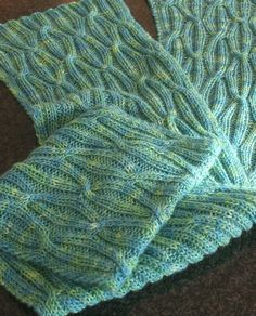 Free Knitting Pattern Reversible Cabled Scarf - Designed by Turvid, this scarf looks the same on both sides. Pictured project by tigermum