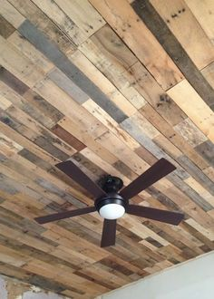 Louis Folk Victorian // Kristy Daum // Ceiling Renovation - Salvage Pallet Wood - Tips Home Decor Basement Renovations, Home Renovation, Home Remodeling, Basement Designs, Wooden Ceiling Design, Wooden Ceilings, Deco Cafe, Pallet Ceiling, Pallet Floors