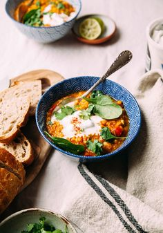 GOLDEN LENTIL SOUP W
