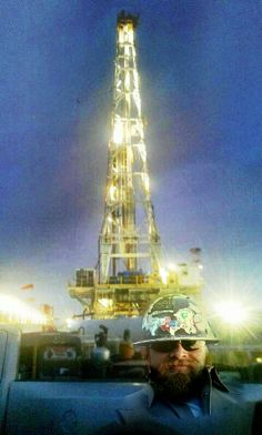 Oilfield Trash, Petroleum Engineering, Oil Field, Drilling Rig, Oil Rig, Crude Oil, Oil And Gas, Rigs, Places To Visit