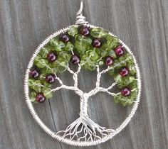 Apple Tree Pendant by ethorart, via Flickr Wire Jewelry Designs, Metal Jewelry, Beaded Jewelry, Jewelry Ideas, Jewellery, Wire Crafts, Crafts To Do, Family Tree Necklace, Tree Of Life Jewelry