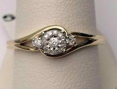 10kt Yellow Gold Halo Flower Style Round Diamonds Engagement Bridal Promise Ring Band (0.10ctw)......... #gold #diamond #bridal #engagement #wedding #ring #fashion #jewelry #jewelryring #diamondring #engagementring #fashionring #lovely #Richmondgoldanddiamonds