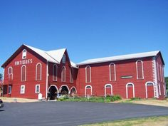 Everyone In Pennsylvania Should Visit This Amazing Antique Barn At Least Once