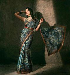 Bollywood Designer Sarees, Bollywood Saree, Bollywood Actress, Indian Bollywood, Bollywood Celebrities, Pakistani, Indian Dresses, Indian Outfits, Indian Clothes