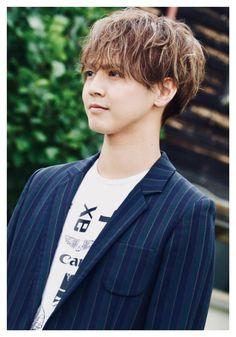Japanese Men, Cute Boys, Actors, Celebrities, Star, Bands, Good Looking Guys, Actor, Celebs