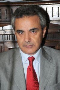 Orsogna: paura per Fabrizio Montepara cinghiale contro lauto del sindaco