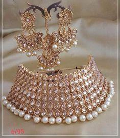 Beautiful Designer Kundan Set - New Ideas Indian Wedding Jewelry, Wedding Jewelry Sets, Indian Jewelry, Bridal Jewellery Inspiration, Bridal Chura, Kundan Set, Wedding Art, Bridal Hair Accessories, Beautiful