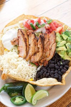Free range chicken #tostada cooked over a flame grill from Howdy's Taqueria #Malibu