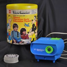 """GAF View-Master Laugh """"N"""" Learn Disney Character Early Education Theatre with 53 Reels"""