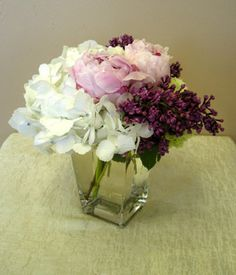pretty and simple centerpiece