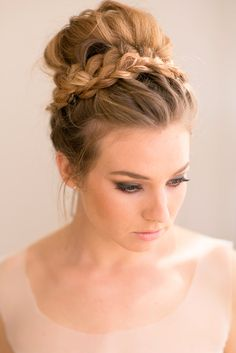 Medium length hair is perfect for updo styles. Whether you are looking for a fancy chignon for a formal occasion or a sleek ponytail for every day, you will be sure to find the perfect updo here!