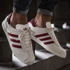 Would you like more info on sneakers? Then click through here for additional info. Sneakers Mode, White Sneakers, Casual Sneakers, Sneakers Fashion, Casual Shoes, Fashion Shoes, Adidas Sneakers, Adidas Fashion, Your Shoes