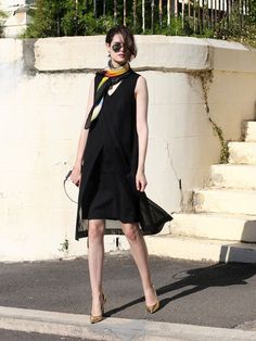 Black no sleeve dress, scarf, elegant look Black Dress Outfits, Black Slip Dress, Casual Outfits, Stylish Street Style, Singapore Fashion, Business Dresses, Dressed To Kill, Fashion Images, Fashion Dresses
