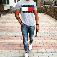 29 Fresh street style outfits for men! Minimalist Wardrobe Men, Minimalist Fashion, Minimalist Outfits, Minimalist Style, Mens Fashion Wear, Mens Fashion Blog, Men's Fashion, Daily Fashion, Street Fashion