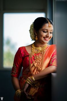Real Brides Style-Get Inspired From Real Brides Indian Bride Poses, Indian Wedding Photography Poses, Bride Photography, Bridal Poses, Bridal Photoshoot, Bridal Shoot, Bridal Portraits, Wedding Shoot, Wedding Bride