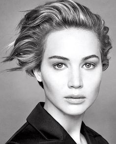 Actress Jennifer Lawrence becomes the stunning Miss Dior face for another season, photographed for the Spring Summer 2014 season Lawrence has teamed up with the legendary fashion photographer Patrick Demarchelier. Miss Dior, Pretty People, Beautiful People, Beautiful Women, Beautiful Pictures, Kreative Portraits, Foto Portrait, Patrick Demarchelier, Famous Faces