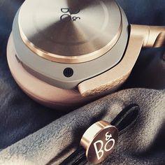 Bang & Olufsen Casque H8 Disponible au 55 Rue de L'artisanat 74 330 POISY. 09 53 99 71 81