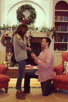 18 Christmas Proposal Ideas To Make Dream Come True ❤ christmas proposal man propose a woman at home ❤ More on the blog: http://ohsoperfectproposal.com/christmas-proposal/