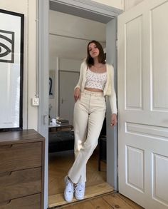evening date outfits Indie Outfits, Cute Casual Outfits, Retro Outfits, Vintage Outfits, Fashion Outfits, Womens Fashion, White Girl Outfits, Girly Outfits, Grunge Outfits