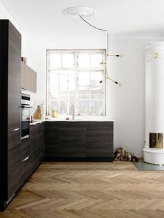 Love the floor and the contrast of the cabinetry and floor.