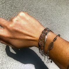 Bracelets, Silver, Jewelry, Fashion, Bangles, Jewellery Making, Moda, Money, Arm Bracelets