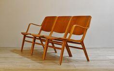 ミッドセンチュリー期のデンマーク家具が集合! ヴィンテージ家具オークションも