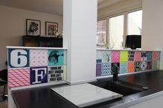 Colorful kitchen!  ARTTILES in kitchen. Customized tile work by danish interior designers ARTTILES.   CERAMICS from ARTTILES. Beautiful handpainted fired earth tiles, made in Copenhagen. Danish design. www. arttiles.dk